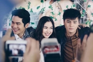 Julia Barretto gushes about 'stolen kisses' in MMFF entry 'Vince & Kath & James'