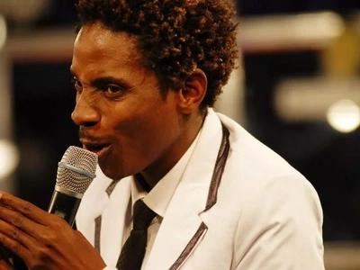 Eric Omondi atajutia kumuaibisha mtu anayeheshimiwa zaidi duniani