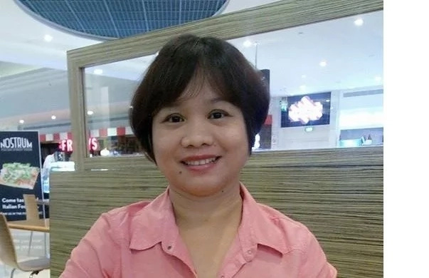 Totoong pinagpala! Pinay nanny receives house and lot from UAE employer