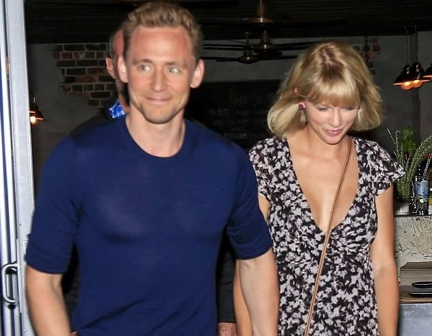 Taylor Swift surprises us not with breakup but – with bigger boobs