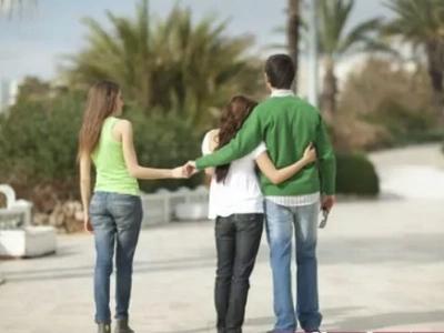 Esta celebridad mexicana se casó y continuó con sus tres amantes