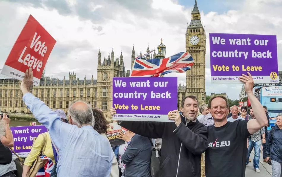 Brexit results to divide between 'elite' and 'ignorant'