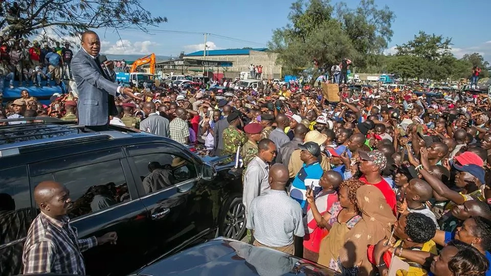 I am campaigning while Raila is busy holding press conferences- Uhuru
