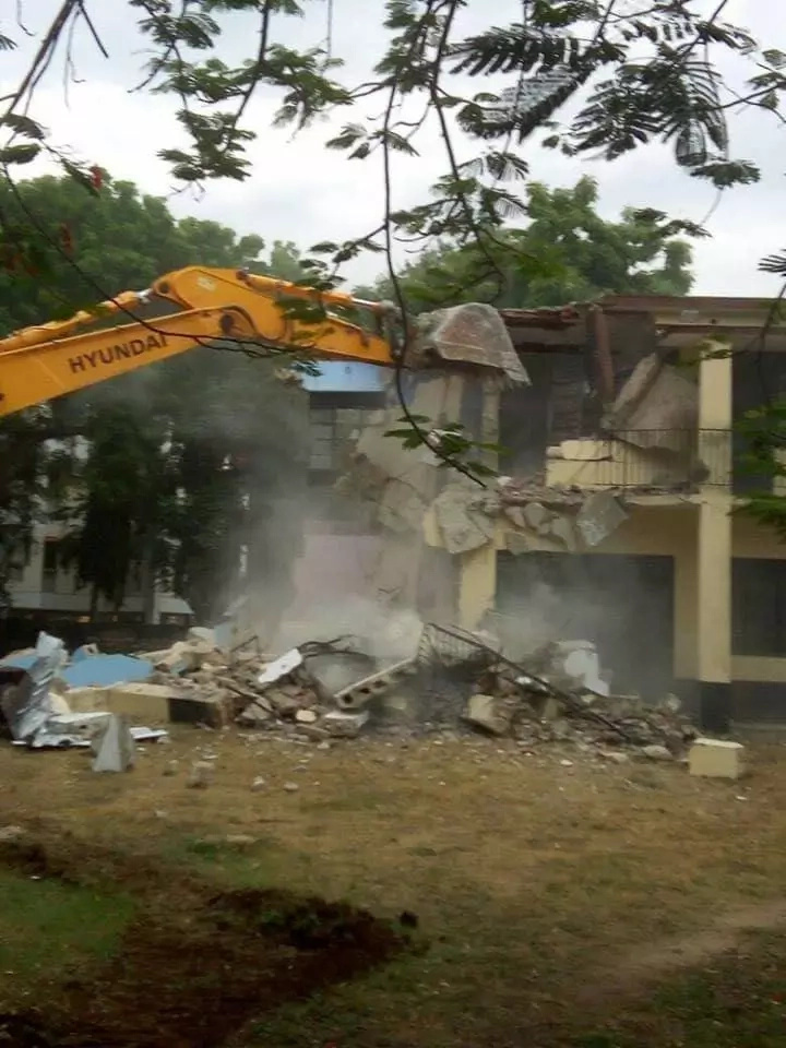 Kenyan family in USA sends passionate open letter to Uhuru after Mombasa county demolished their house