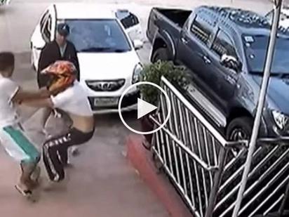 Yari kayo kay Digong! 5 dangerous Pinoy cops kidnap helpless motorcycle rider in Cagayan de Oro