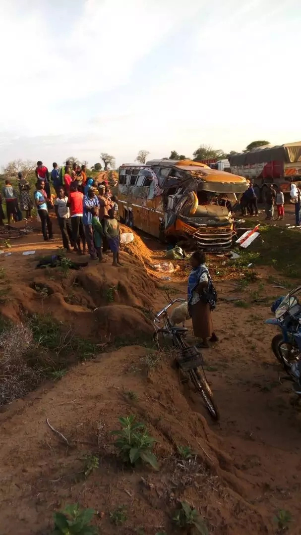 26 die in grisly road accident