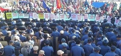 Lawyers Prepare Raps Vs. Governor, PNP