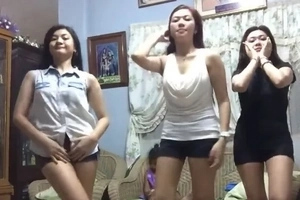 WATCH: Young pinays dance 'Twerk It Like Miley'