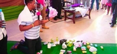 Guys, beware! Prophet turns women's soaps into supernatural APHRODISIAC to lure men into love (see photos)