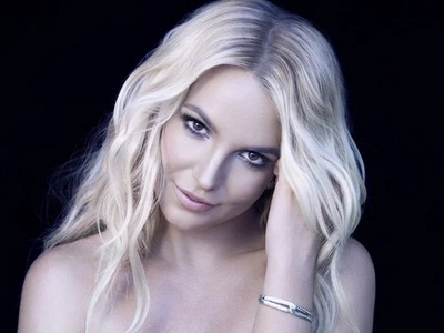 Britney Spears is arriving in Manila for a concert on June