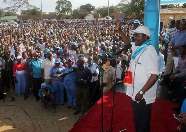 Kalonzo Musyoka sends warning to Raila Odinga