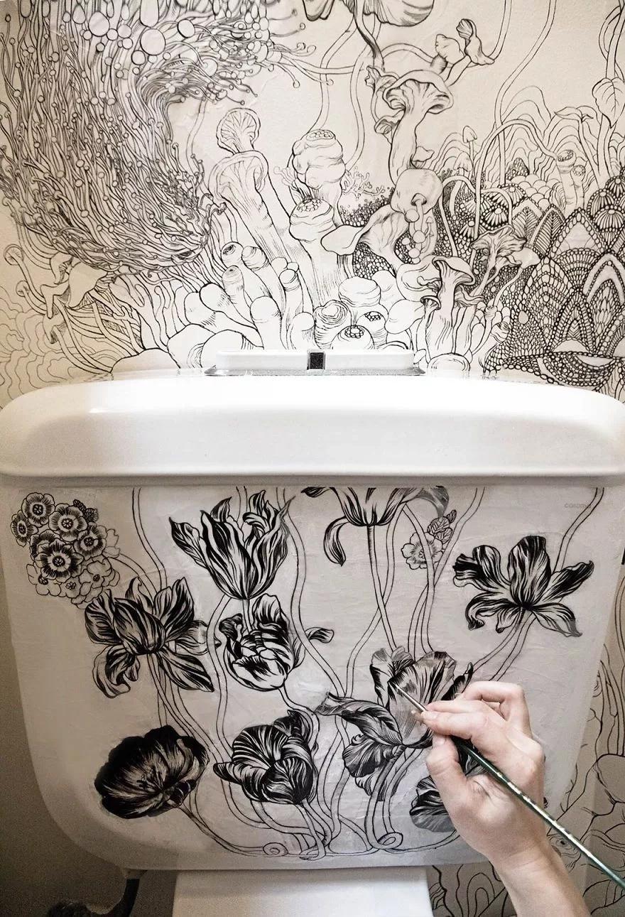 Descubre la asombrosa manera que encontró esta artista para embellecer su baño