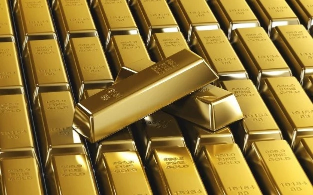 Gold from heaven: plane with 22kg gold bars crashes in Zimbabwe