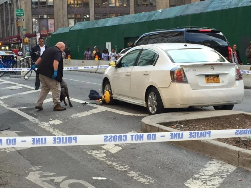 Cleaver wielding psycho gunned down by NYPD