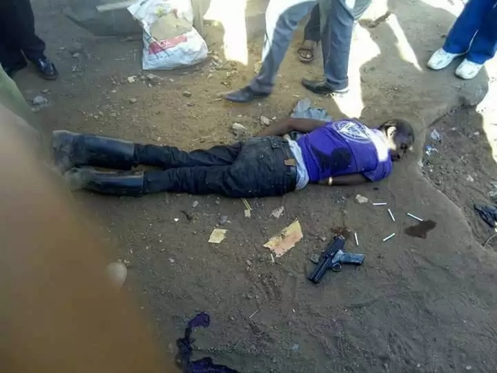 Police gun down another notorious thug masquerading as a garbage collector (photos)
