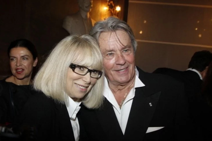 Mireille Darc avec Alain Delon | Getty Images