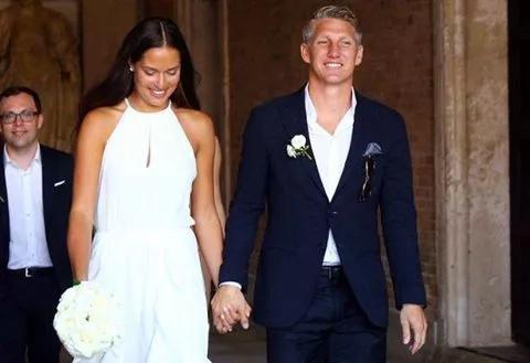 Bastian Schweinsteiger finally gets married
