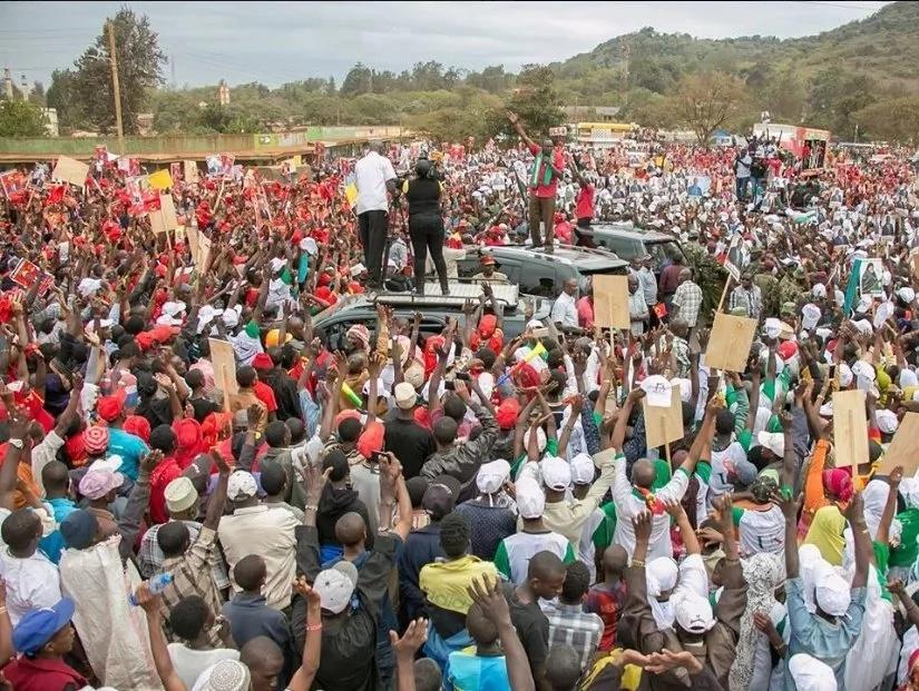 Uhuru matatani kwa kudai utawala wa Raila utakuwa wa fujo