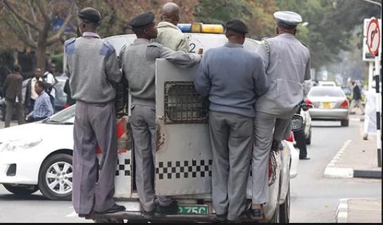 Askari wa Baraza la Jiji la Nairobi acharazwa na 'chokoraa'
