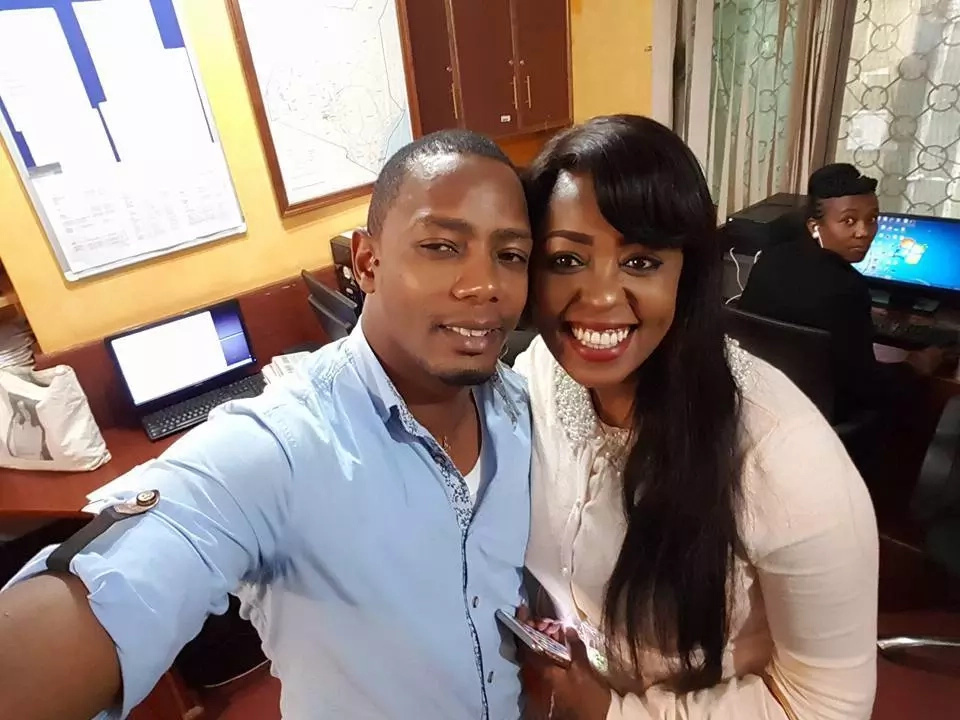 Lillian Muli kisses popular Inooro TV news anchor but we are not saying anything else (photo)