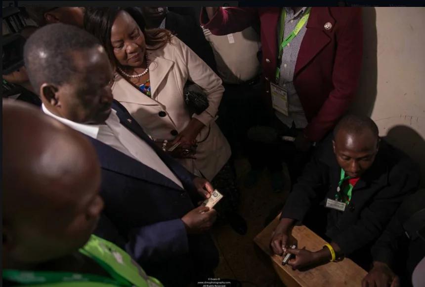 Raila Odinga afichua atakalofanya baada ya kupiga kura yake eneo la Kibra