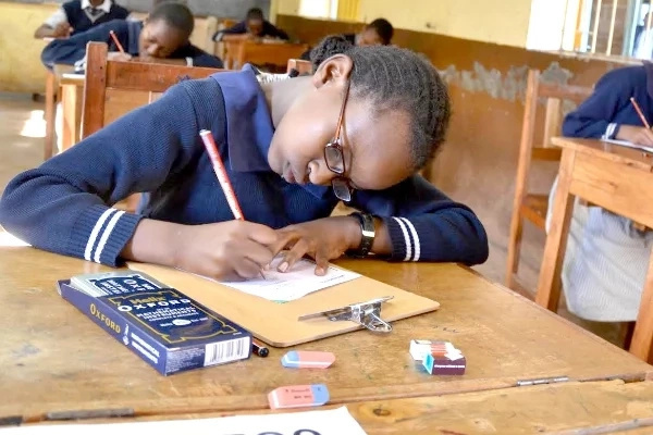 Are KCPE, KCSE 2016 exam questions being set afresh?