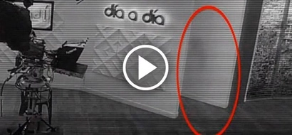 Creepy footage shows eerie ghost walking through a TV studio in night!