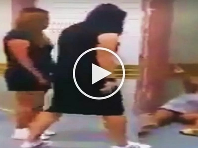Pinays caught on video viciously assaulting Indonesian woman at tourist spot in Singapore