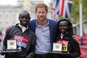 See how Kenya overcame Ethiopia to claim London Marathon GLORY (photos, video)