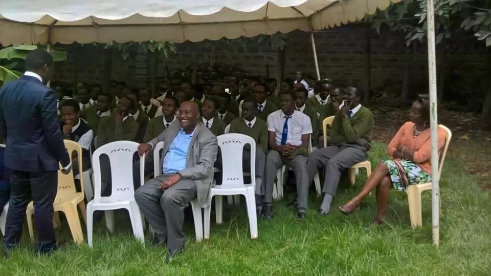 Nyakati za mwisho za Wahome Gakuru akiwa na mwanawe mtahiniwa wa KCSE