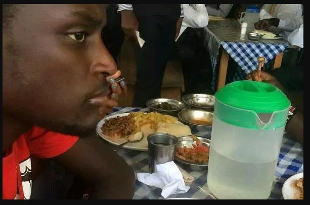 8 extremely rib-cracking photos that only Kenyans who have been to a kibanda can relate