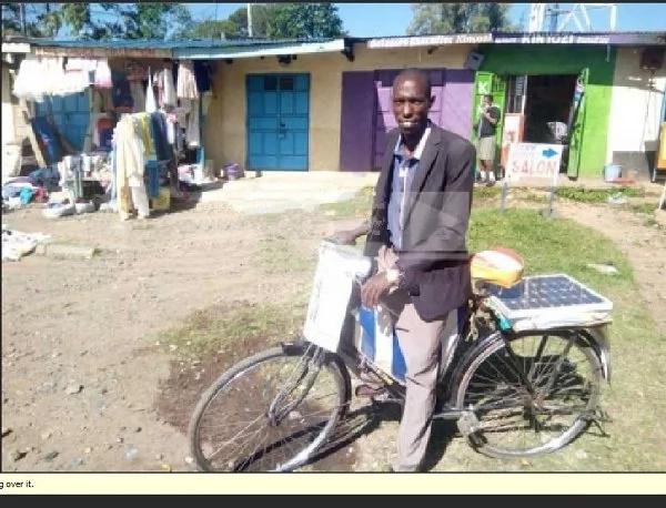 Mwaniaji Ubunge anayefanya kampeni kwa baiskeli asema atawashinda wapinzani wake asubuhi na mapema Agosti 8
