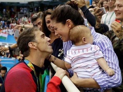 Michael Phelps retirement: change Boomer's diapers and feed the little tyrant