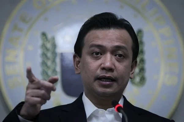 Trillanes-tags-Duterte-corrupt-mayor-president