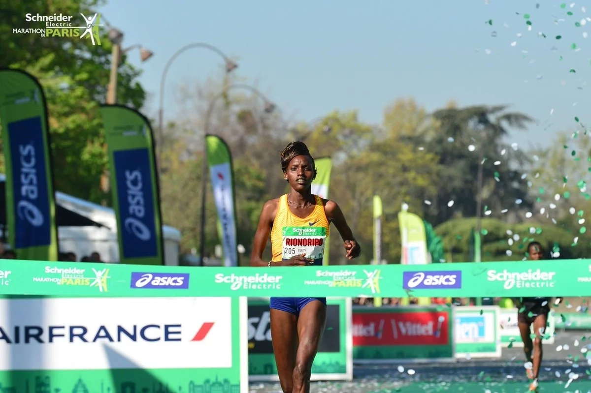 Powered by love! Kenyan husband and wife win respective Paris marathon races (photos)