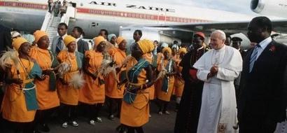 PHOTOS: How Former President Moi Welcomed Pope John Paul II In Kenya