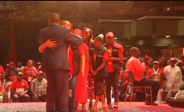 Sonko romantically cuddles his wife publicly as Rachel Shebesh cheers on (photos, video)