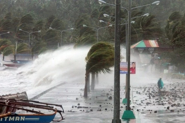 These 15 things can save you and your family during typhoons