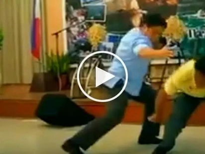 Migz Zubiri shows off his epic martial arts skills on stage in Puerto Princesa