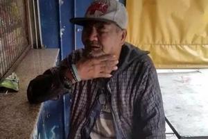 Ay kawawa naman si manong! Old man begs help to look for his lost twin