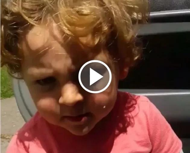 Mira cómo este pequeño canta La Bicicleta de Shakira y Carlos Vives