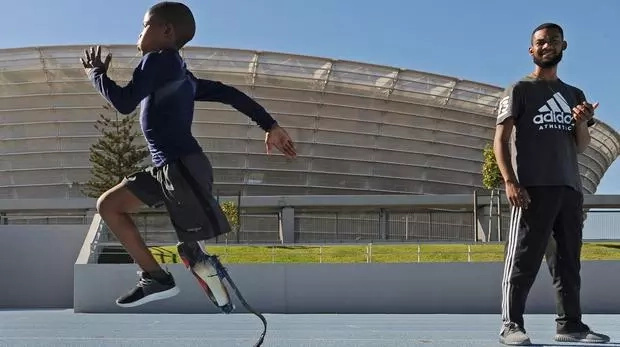 Their records will be in danger! Inspirational amputee, 11, is aiming to break Olympic records