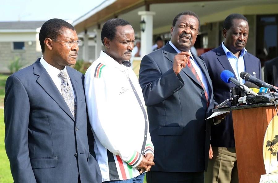 Miguna Miguna aachwa peke yake baada ya vinara wa NASA kuunga mkono Raila Odinga