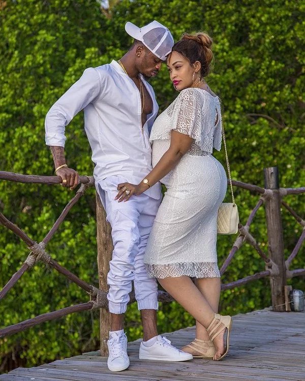 Diamond disowns Zari during a live performance(VIDEO)