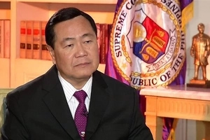 Hala ka Duterte! Justice Carpio affirms Duterte's possible impeachment if he surrenders Scarborough