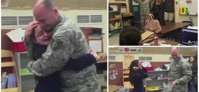 Esta niña sorda recibió vídeollamada de su papá soldado, luego miró a la puerta y comenzó a GRITAR