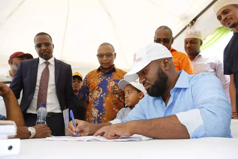 How Joho caused drama when he was being cleared by IEBC