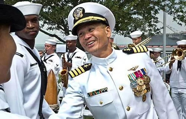 Filipino-American becomes captain of US aircraft carrier