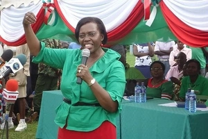 Kenyans badly troll Martha Karua after being given an award by DP Ruto