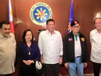 VIDEO: Did Noynoy Aquino snob GMA at NSC meeting?
